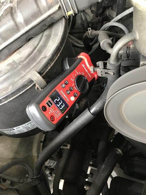 ランクル60 充電量点検